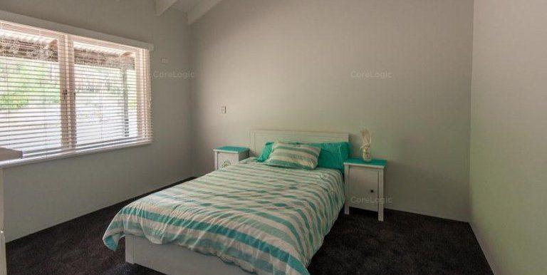 91 Rose Street bed 3
